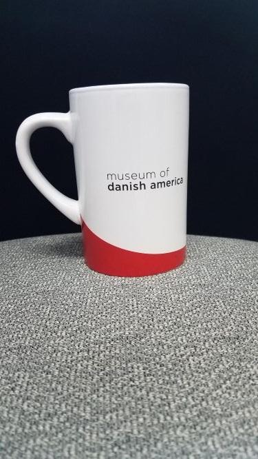Museum of Danish America Mug, Curve